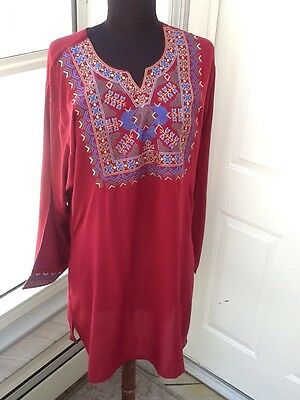 Ladies' Maroon Tunic w/Geometric Design At Neckline And Cuffs