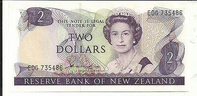 New Zealand -  Two (2) Dollars, 1981-85 !!UNC!!