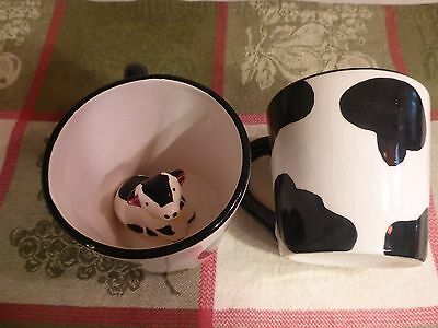 Set Of 2 Cow Coffee Mugs With Cow Inside - Tea Cups - Black And White