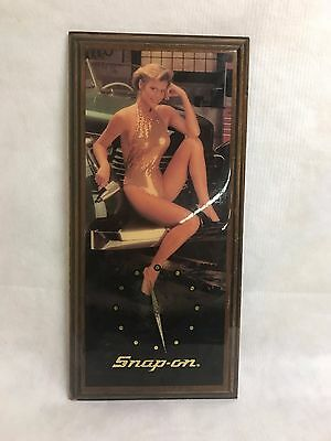 Vintage Snap on Tools Pin up Girl Clock