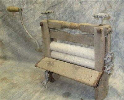 Wood Metal Wringer Wash Machine Hand Crank Clothes Washer Vintage Laundry Tool a