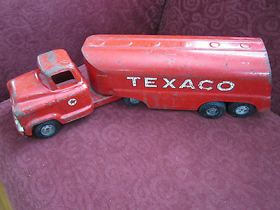 Vintage Red Buddy L Texaco Tractor Trailer Tank Truck
