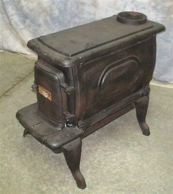 Free Standing Cast Iron Stove Model 824A Wood Burning Fireplace Morning Cook