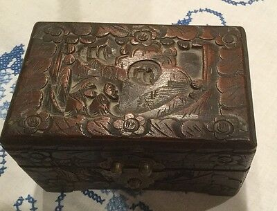 Vintage Wooden Hong Kong Carved Trinket Box With Clasp