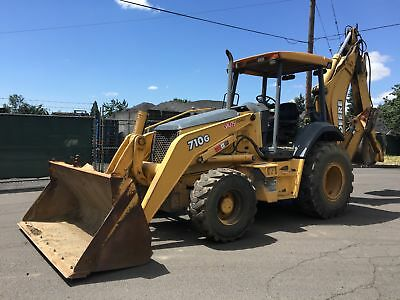 2004 John Deere 710G Loader Backhoe Backhoe Loaders