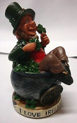 FINNIANS LEPRECHAUN I LOVE IRELAND SITTING ON SHAMROCKS blarney stone