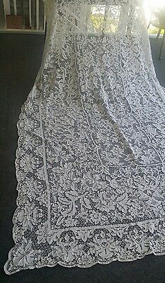 "Antique  Italian Point De Venise lace white tablecloth 120 "" × 66 """