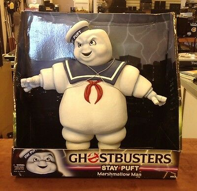 Ghostbusters  Series 1 Stay Puft Marshmallow Man New With Slightly Damaged Box