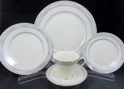 Lenox CHARLESTON 5-Piece Place Setting  MINT NEVER USED A+ CONDITION mfg 2nd