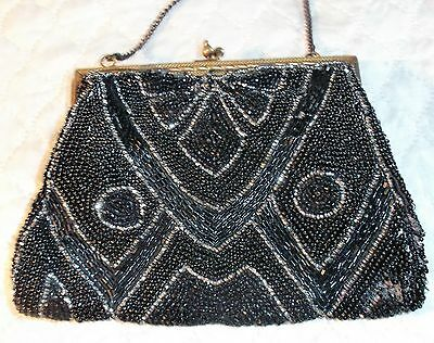 Charming Vintage Art Deco French Usable Beaded Purse Hand Bag 1920 Wristlet
