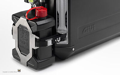 GIVI E148 Jerry Can Holder