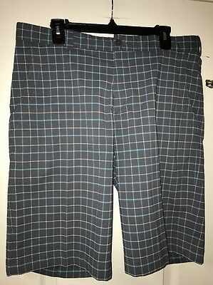 Nike Golf Men's Golf Shorts Size 34. Gray And Blue Plaid.