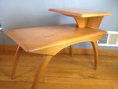 VTg HEYWOOD WAKEFIELD Champagne  END TABLE Mid Century Modern MCM  Wood CURVED