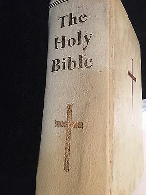 Antique Family The Holy Bible Printed In Great Britain