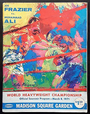 1971 MUHAMMAD ALI v JOE FRAZIER I on-site boxing program - Cassius Clay