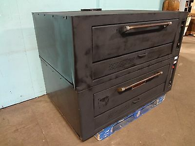 """"""" Vulcan - Hart """" Heavy Duty Commercial Double Stacked Natural Gas Pizza Oven"""