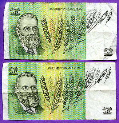 Pair of Australia Two Dollar Bills - Circulated
