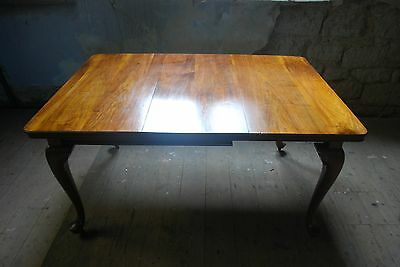 Antique Victorian walnut wind out extending dining table