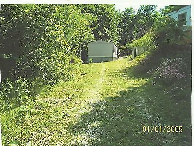Mobile Home On 7.66 Acres Near Cumberland Lake