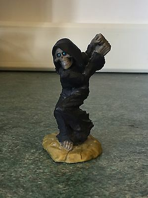 Clarecraft Discworld Death Swinging Scythe DW05A Reaper Terry Pratchet Figure