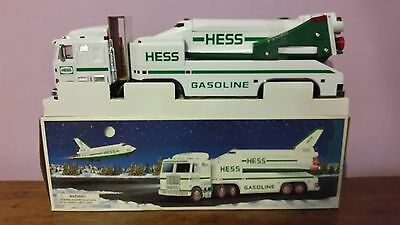 1999 Toy Truck and Space Shuttle with Satellite - Hess - NIB
