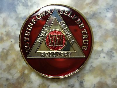 AA Red Gold 32 Year Coin Tri-Plate Alcoholics Anonymous Medallion Sobriety Chip