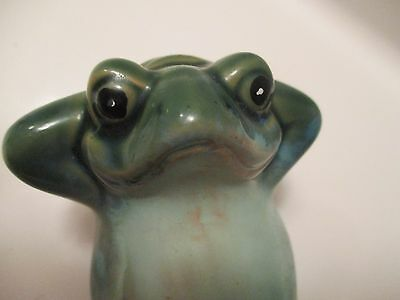 """Happy Green Frog Figurine Relaxing In The Sun 41/2"""""""