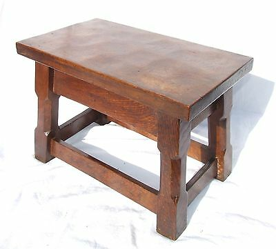 Mouseman Style Solid Oak Joint Stool Table Lamp Stand Occasional Coffee Table