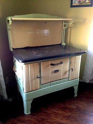 Moore Antique Kitchen Wood Stove Green Cream