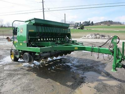 2009 John Deere 1590 10' No Till Drill, Low Use, Only 700 Acres, 2 Pt Hitch