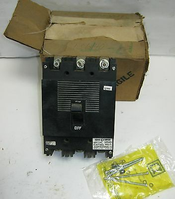 Square D Molded Case Circuit Breaker (999315) 600VAC 3P 15A