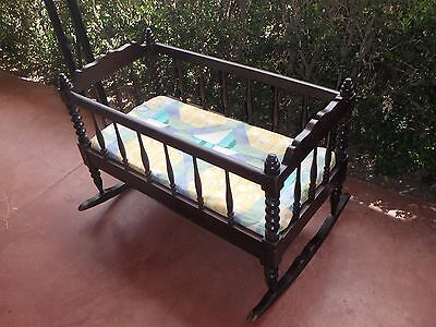 ANTIQUE Unique Solid Mahogany Rocking Wood Baby Cradle Crib Bed with Mattress GC