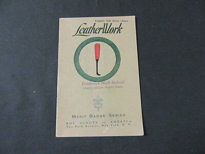 LeatherWork Merit Badge Pamphlet June 1939     eb10