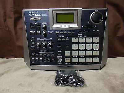 Roland SP-606 sp606 Sampler sample dj Gear w/ Universal adapter!