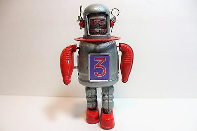 WIND-UP TIN SPACE MAN Astronaut Spaceman Tin Litho - 9""