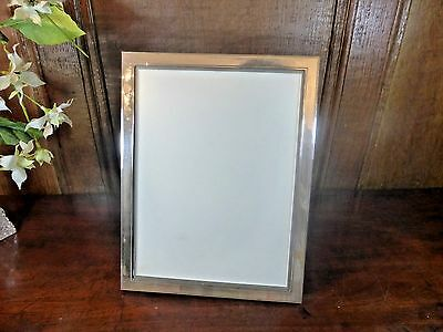 """EXCELLENT HALLMARKED large SOLID SILVER PHOTO FRAME - 2006 - 9"""" by 7"""""""