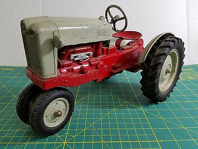 "Rare Vintage 1950 HUBLEY Kiddie Toy 1/10 RED Diecast Farm Tractor 11.75"" USA"