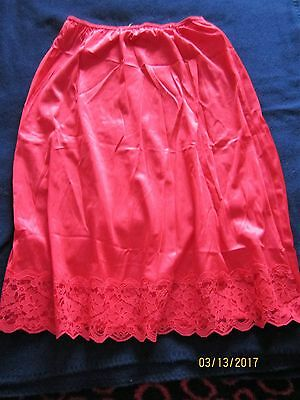 Made in USA ~ New ~ Vanity Fair ~ Red Half Slip ~ Scalloped Lace Hem ~ Size M