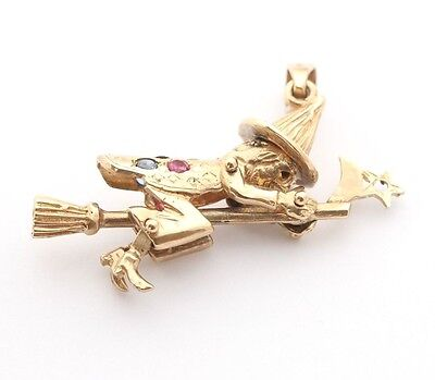 9ct Gold Witch Broomstick Pendant 7.2g