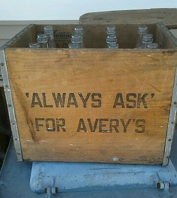 Rare Vintage AVERY Wood Crate box Case New Britain, CT