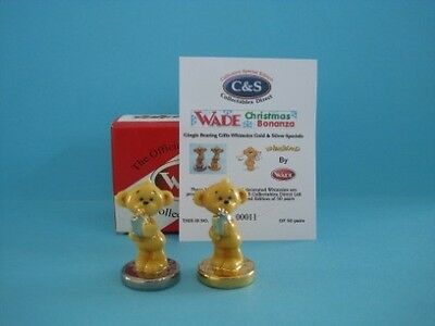 WADE ADORABLE GINGIE BEARING CHRISTMAS GIFT WHIMSIES, SILVER&GOLD BASE *Mint*