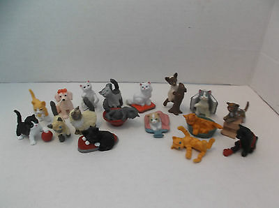 Vintage MEG Puppy My Pocket Lot of 16 mixed Cat Figures