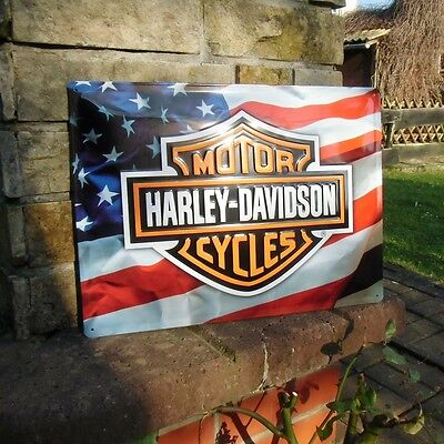Official HARLEY-DAVIDSON Motorcycles US FLAG Embossed Wall Sign USA Patriot