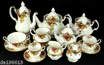 Royal Albert Old Country Roses, Made in England, Worldwide Shipping