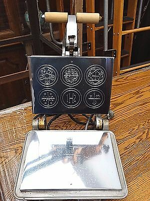 commercial Catholic host Eucharist Christ baking mould machine maker for Mass #3