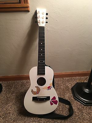 First Act White Child's Guitar W/ Shoulder Strap FG 225