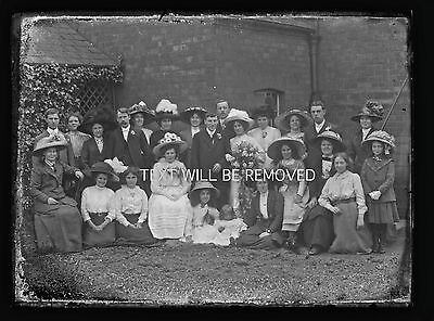 VICTORIAN HULL FAMILY GROUP  circa 1900  LARGE 1/2 PLATE GLASS NEGATIVE N145
