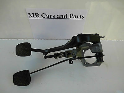 Mercedes W124 W201 Pedale Bremspedal Kupplung Pedalerie Pedal 1292900119