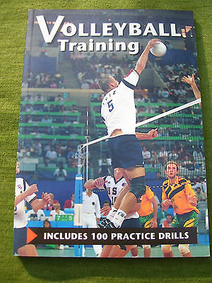 """Manuale  """" VOLLEYBALL - TRAINING """"  1995"""