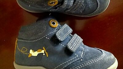Baby boys shoes size 6 for 2-2,5 years.